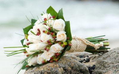 Bouquet 50 anni di matrimonio: la festa dalle tonalità d'oro