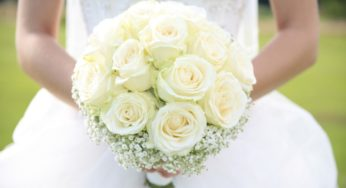 Bouquet Sposa Anniversario 50.Bouquet 50 Anni Di Matrimonio La Festa Dalle Tonalita D Oro