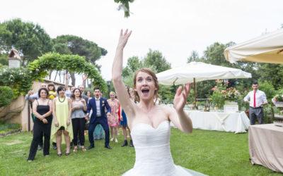 Lancio del bouquet e della giarrettiera: tradizione augurale