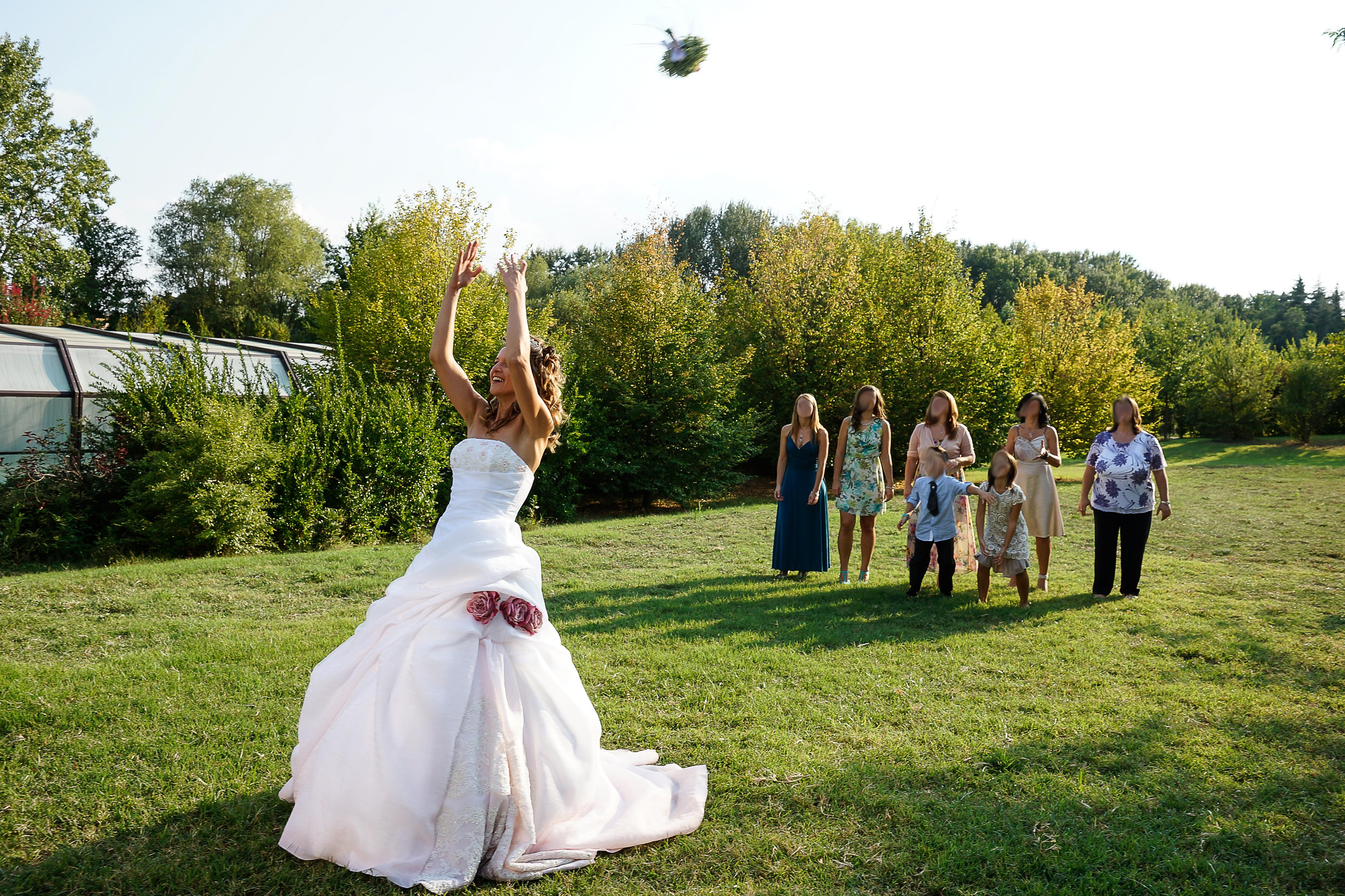 Lancio Bouquet Sposa.Come Scegliere Il Bouquet Matrimonio 3 Consigli Per I Tuoi Fiori